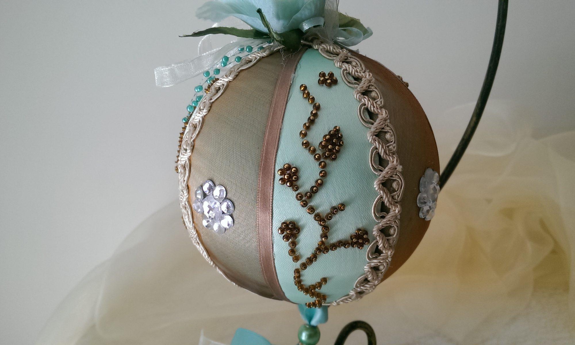 Pallina decorata verde e bronzo