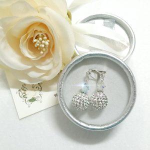 Orecchini con perle in cristallo bianco pavè e swarovski,
