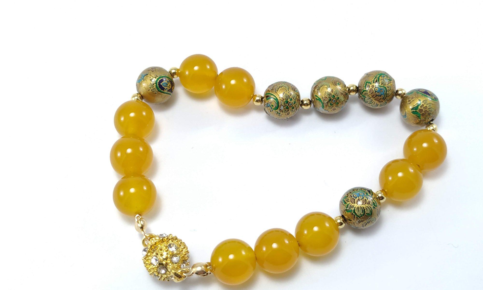 Bracciale porta fortuna con giada gialla e perle tensha