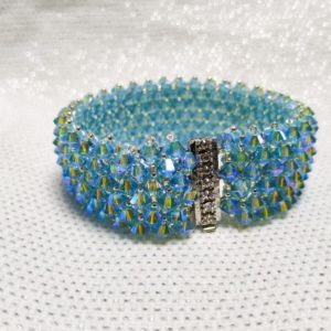 bracciale e orecchini di cristalli azzurro